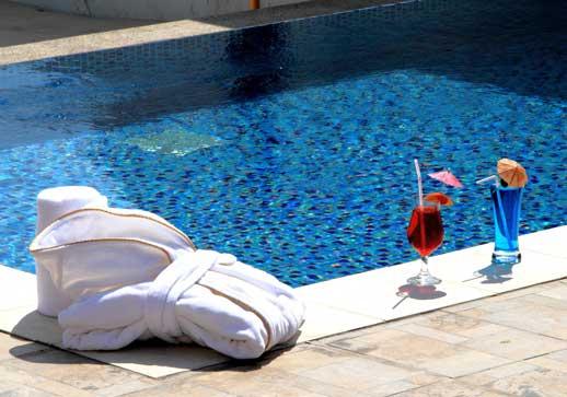 Albornoz de Resuinsa en el Dana Bay Resort de Arabia Saudí