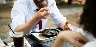 Satisfacción de los hosteleros por la subida de exención fiscal de los cheques de comida