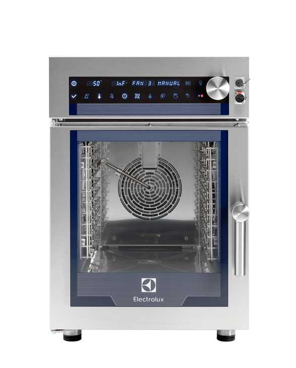 El horno compacto Multislim, de Electrolux Professional