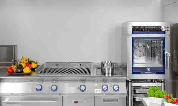 Horno Multislim en una cocina