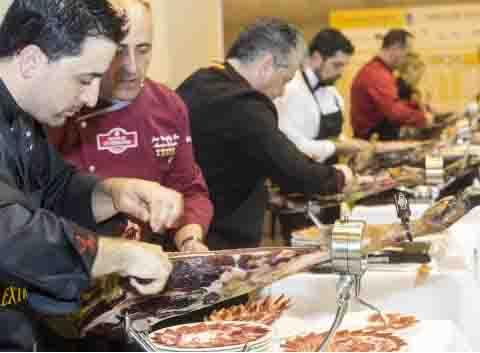 Concurso de crtadores de jamón en el Salón de Gourmets