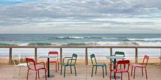 Rimini, de iSiMAR: sillas y mesas de líneas puras