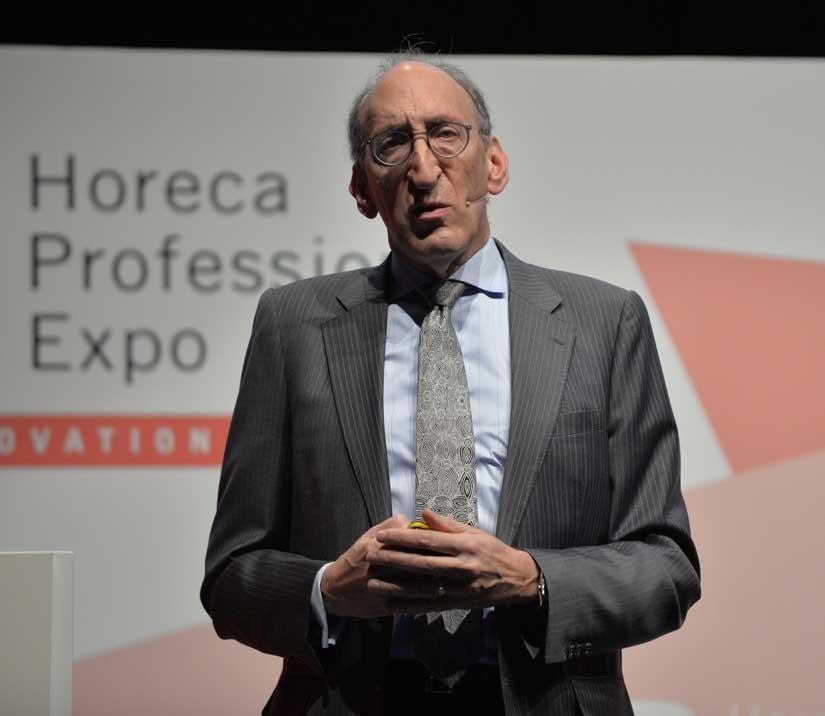 Larry Mogelonsky, en Hotel Trends 2018, en la feria HIP