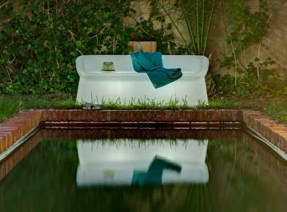 Sofá con luz de Newgarden