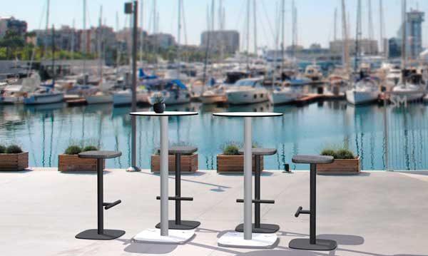 Por fin.... ¡mesas altas que no cojean!!