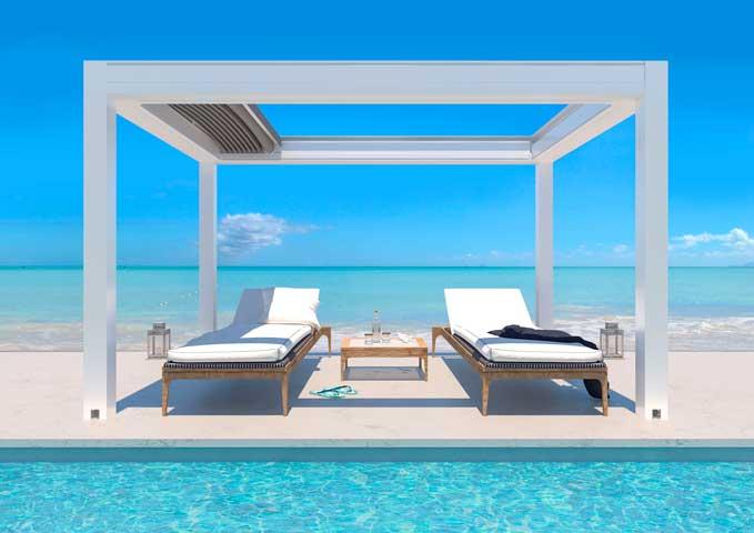 La pérgola Isola 3, en versión autoportante, perfecta para las zonas de piscina