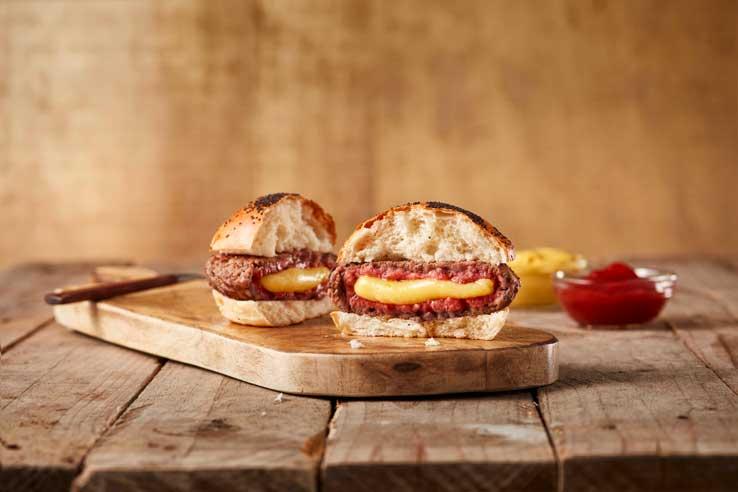 La hamburguesa oficial de El Gourmet de la Roja, de La Finca