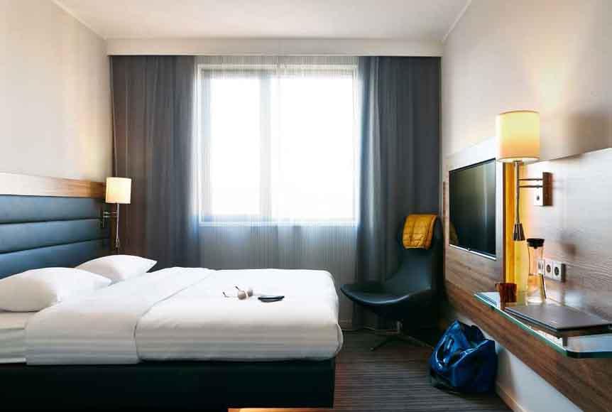 Habitación de un hotel Moxy