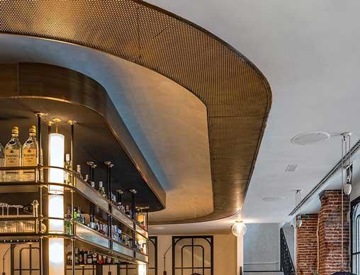 El techo acústico del restaurante Lux