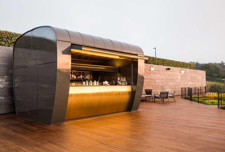 La barra de cócteles o cocktail station del hotel Akelarre
