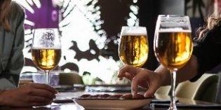 El 63% de la cerveza se consume en la hostelería
