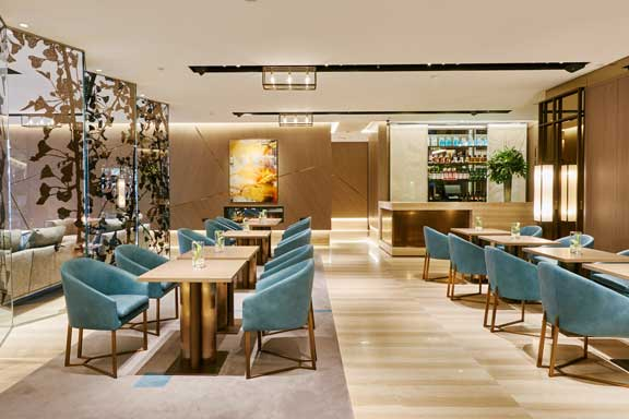 Lobby del hotel VP Plaza España