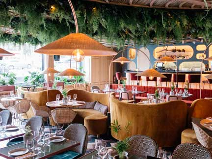 El hotel cuenta también con el restaurante Botania, del grupo Larrumba,