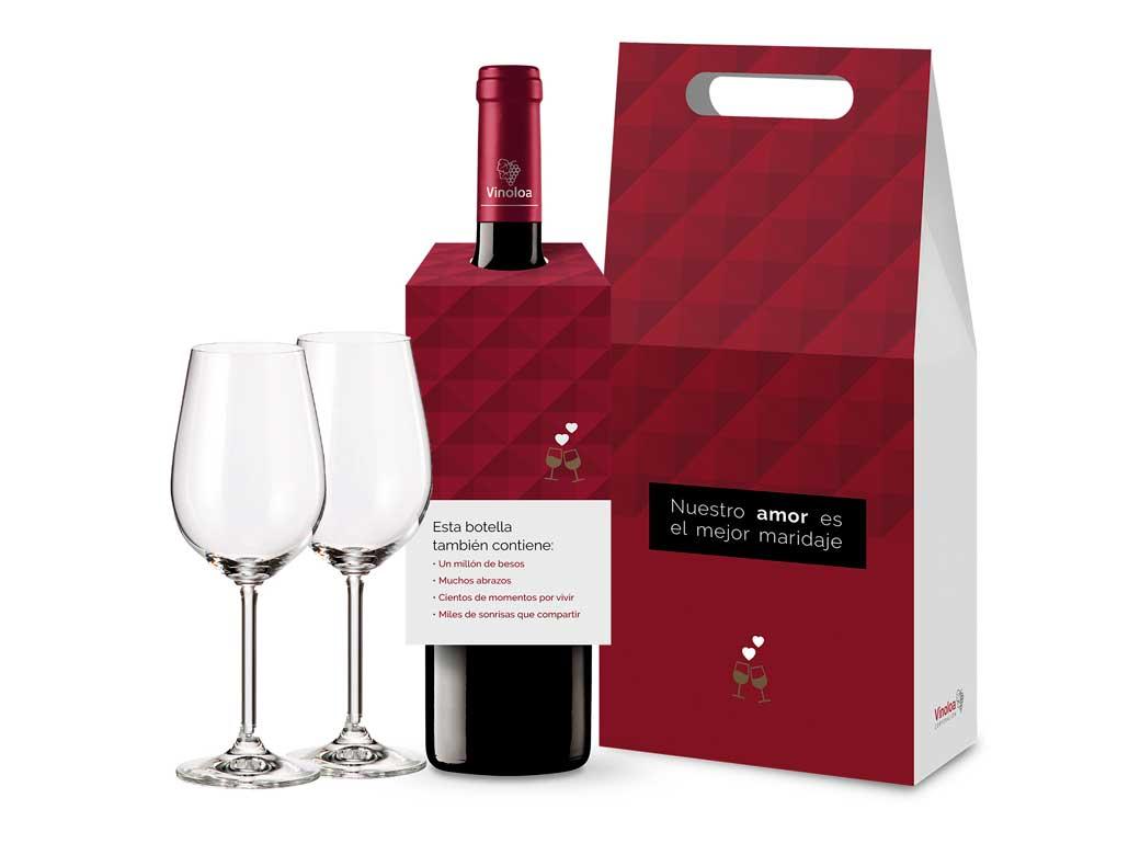 Pack de botella y copas diseñado específicamente para San Valentín, de Vinoloa