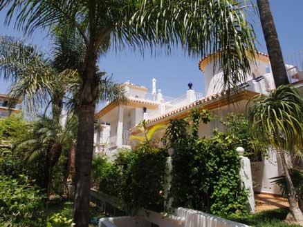 Fachada del  hotel Paraíso del Mar, en Nerja