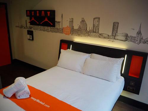 Habitación Easyhotel Barcelona - profesionalhoreca