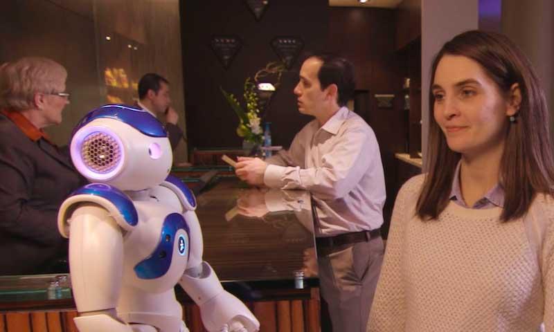 robot, hotel Hilton, profesionalhoreca
