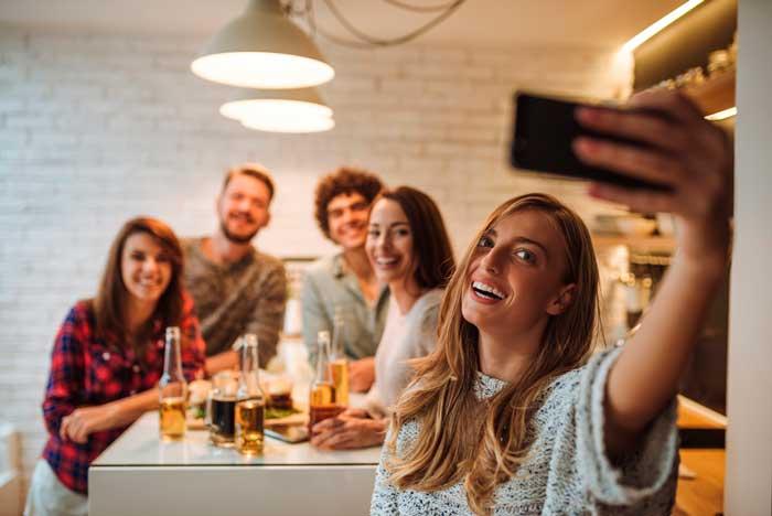 selfie - movil - restaurante - Yarr TV - profesionalhoreca