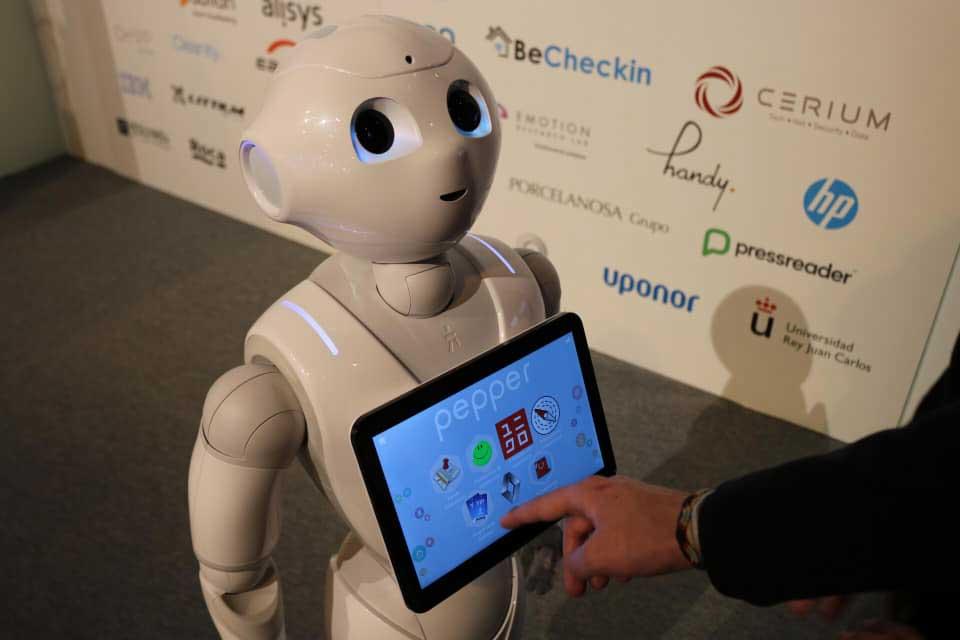Profesionalhoreca, robot Pepper, FiturtechY