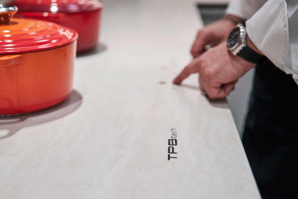 Profesionalhoreca, Xavier Pellicer restaurante, El Menjador, encimera TPB tech