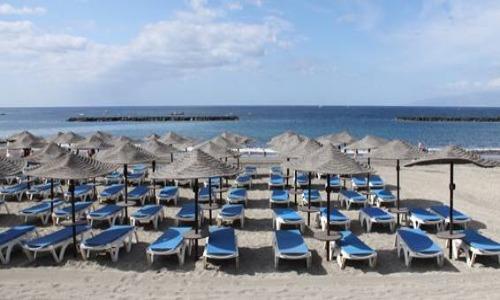 profesionalhoreca, destinos vacacionales, playa, hamacas
