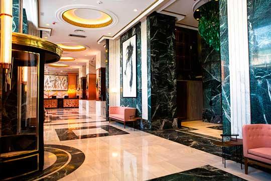 Profesionalhoreca, hotel Riu Plaza España, entrada y lobby