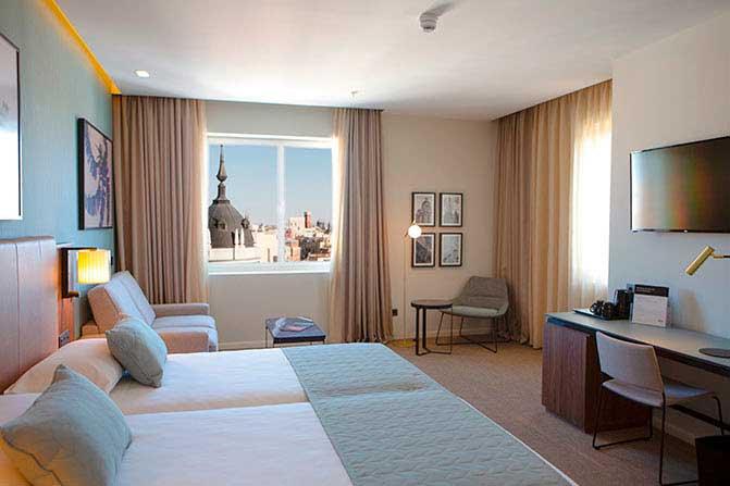 Profesionalhoreca, hotel Riu Plaza España, habitación
