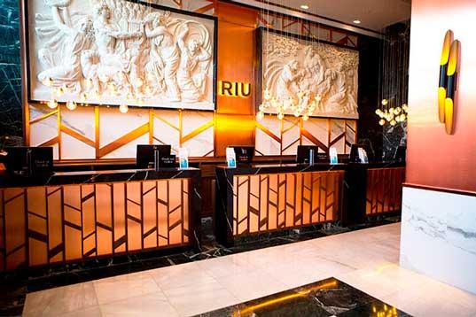 Profesionalhoreca, hotel Riu Plaza España, recepción