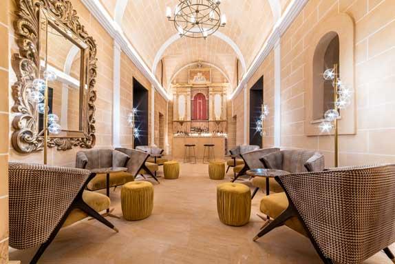 Profesionalhoreca, bar-capilla del hotel Creu de Tau Art & Spa