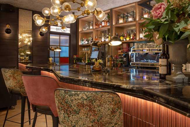 Profesionalhoreca, restaurante Casa Fister Centre, en Sabadell. Barra