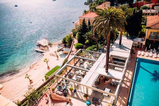 Profesionalhoreca, pérgolas de KE Outdoor Design en la terraza del hotel Royal Riviera