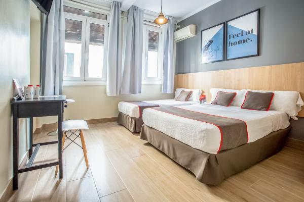 profesionalhoreca, habitación del  Oyo Hostal Las Murallas, de Oyo Hotels