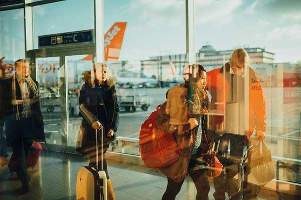 Profesionalhoreca, viajeros en un aeropuerto