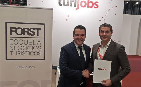 profesionalhoreca, Firma del acuerdo entre Fost y Turijobs