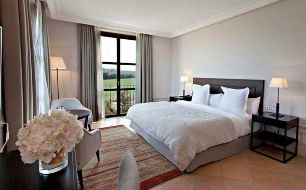 Profesionalhoreca, habitación del hotel con encanto casa Ana María, con interiorismo de Denys & von Arend