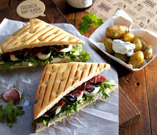 Profesionalhoreca, sandwich con la Focaccia Toast Clásica de Street Lovers, Vandemoortele