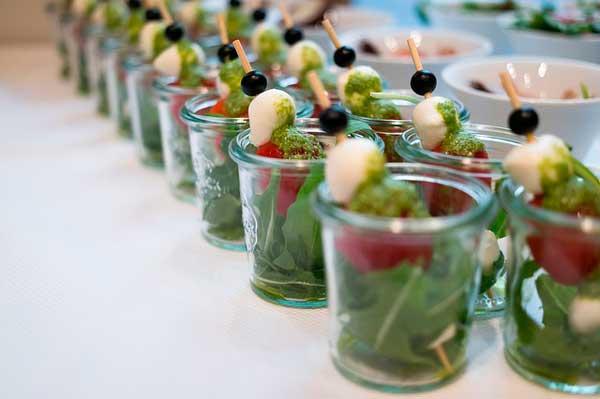 Profesionalhoreca, ensaladas individuales en un buffet