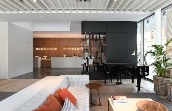 Profesionalhoreca, recepción y lobby del hotel Terra de Barcelona