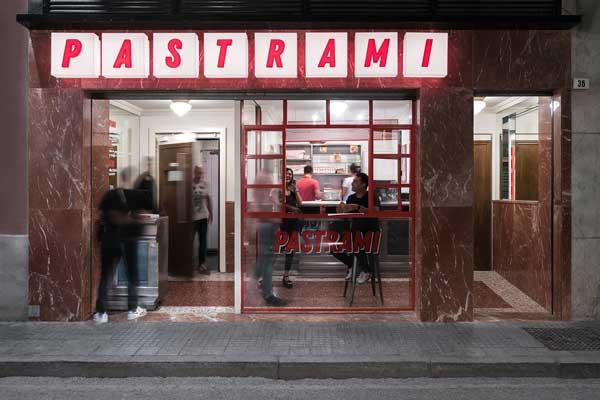 Profesionalhoreca, entrada a Pastrami Club, proyecto de Paco Lago Interiorismo