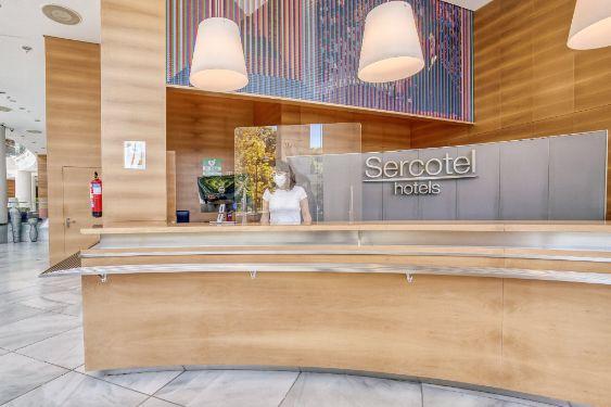 profesionalhoreca, recepción de hotel de Sercotel Hotel Group