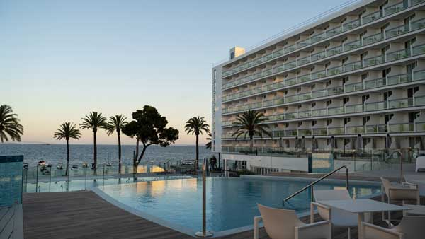 Profesionalhoreca, resort The Ibiza Twiins, The Upper Level