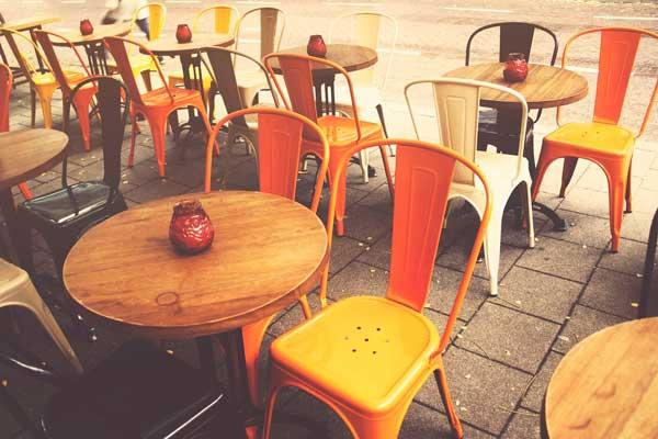 Profesionalhoreca, sillas Tolix en terrazas