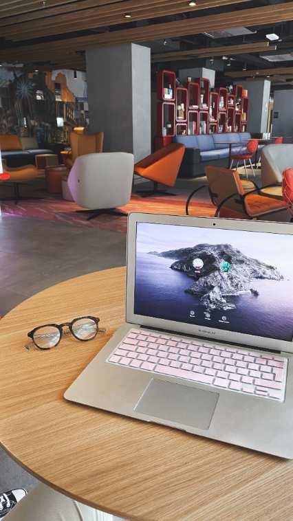 profesionalhoreca, coworking en el lobby del hotel Aloft Madrid Gran Via