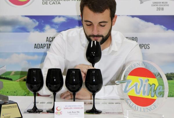 Profesionalhoreca, curso de sumiller profesional de la Escuela Española de Cata