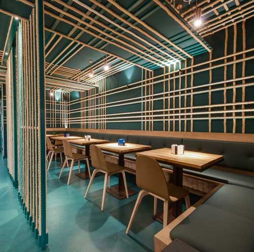 Profesionalhoreca, mesas dell bar Txalupa, de San Sebastián