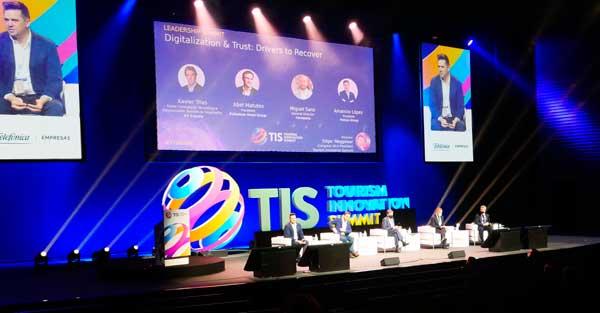 Profesionalhoreca, mesa redonda de empresarios y profesionales turísticos en TIS 2020