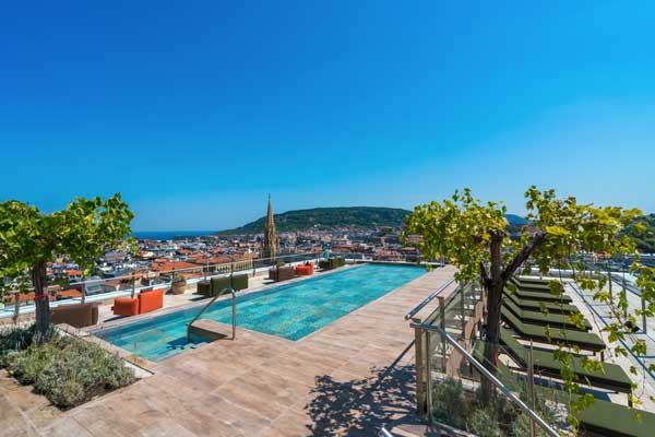 Profesionalhoreca, piscina del hotel Catalonia Donosti