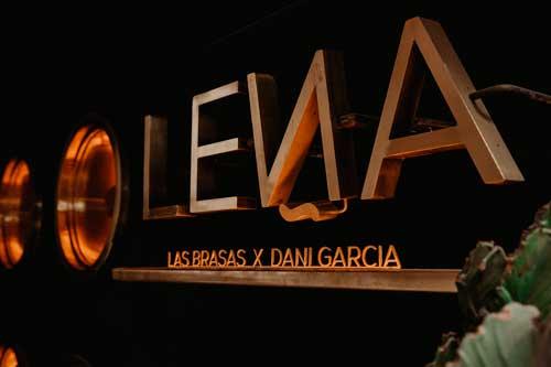 Profesionalhoreca, logo de Leña, de Dani García