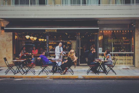 Profesionalhoreca, terraza de un bar
