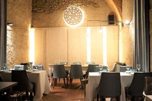 Profesionalhoreca, la sala del restaurante Sol Blanc, situado en Pals (Girona)
